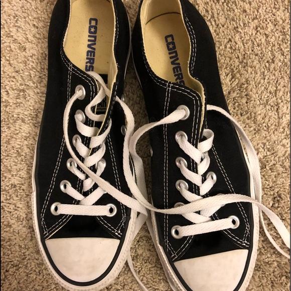 Converse Shoes   Size 8 Black Converse